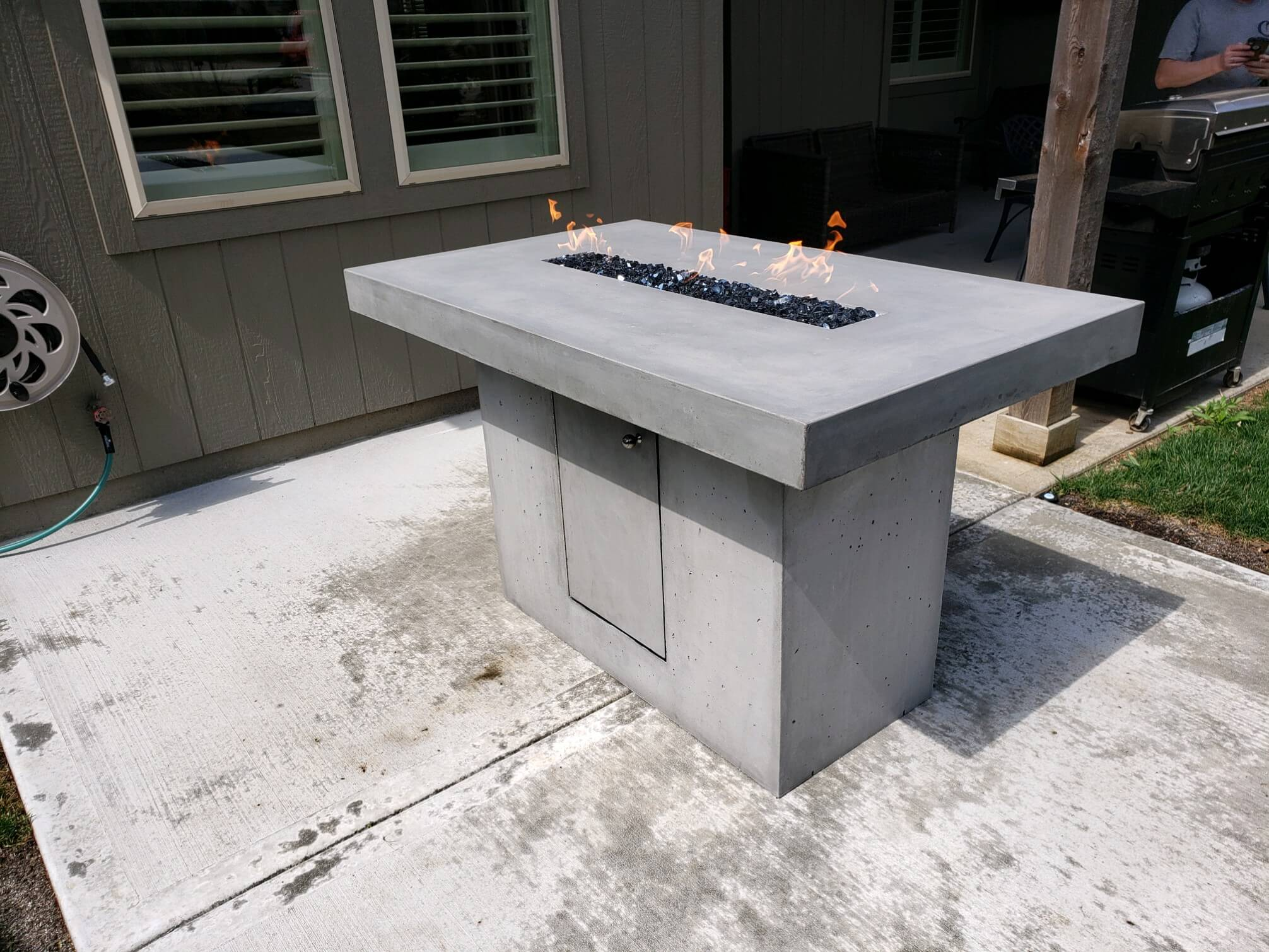 elevated outdoor gas concrete firepit